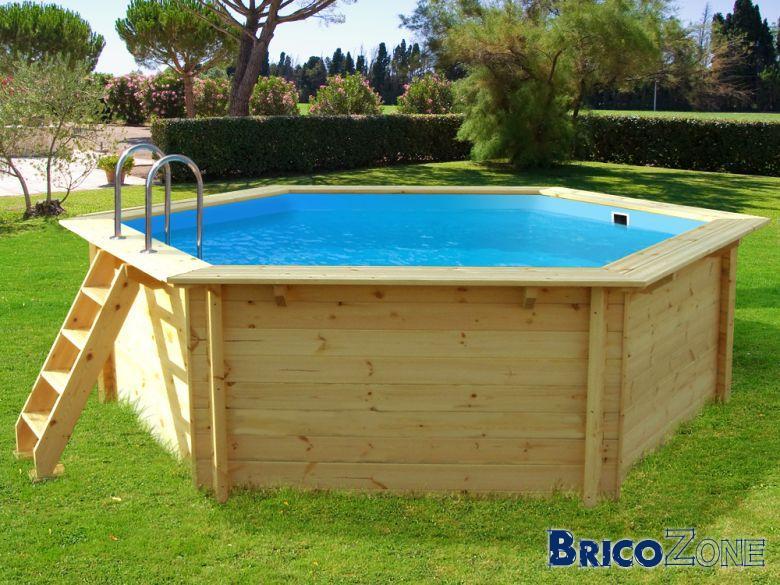 Envisage une piscine en kit bois for Faut il un permis pour une piscine hors sol