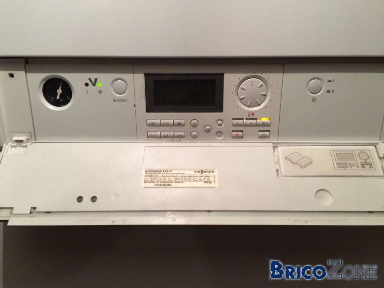 installation thermostat sur vitodens 333 f viessmann. Black Bedroom Furniture Sets. Home Design Ideas