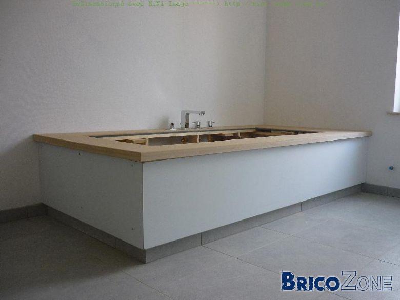 Habillage baignoire avec plinthe en retrait - Faire un tablier de baignoire en bois ...
