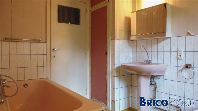 trouver des meubles de salle de bain page 2. Black Bedroom Furniture Sets. Home Design Ideas