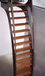 escalier m�tallique sur rail