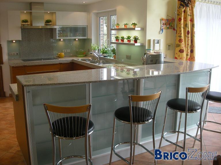 projet de cuisine quip e pourriez vous me donner votre avis. Black Bedroom Furniture Sets. Home Design Ideas