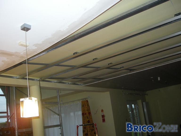 Faux plafond spots for Monter faux plafond