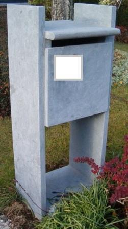 Boites aux lettres en pierre bleue