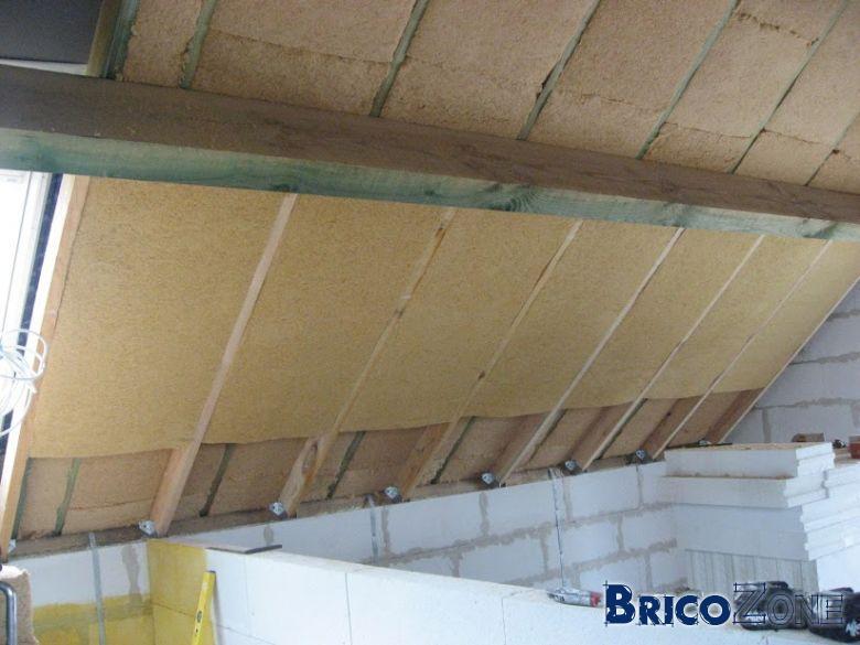 Isolation toiture sous toiture delta vitaxx for Sous toiture delta vent