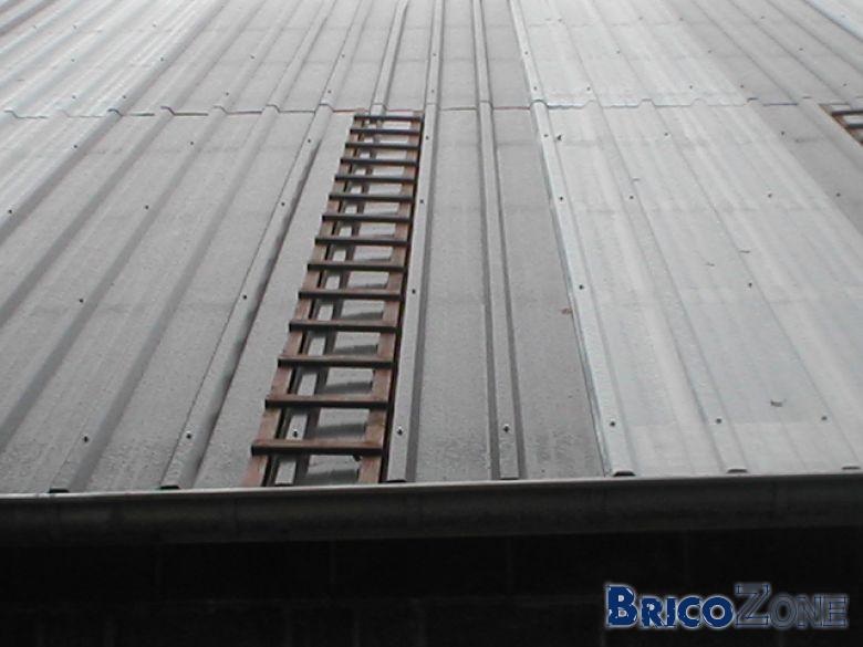 marcher sur un toit d 39 ardoise. Black Bedroom Furniture Sets. Home Design Ideas