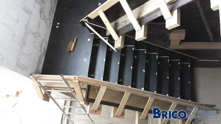 escalier b ton cr maill re coffrage photos. Black Bedroom Furniture Sets. Home Design Ideas