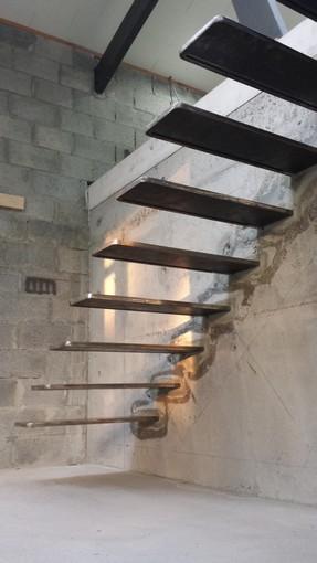 escalier suspendu acier coffrage photos page 5. Black Bedroom Furniture Sets. Home Design Ideas