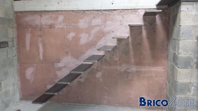 Escalier suspendu acier coffrage photos page 6 for Construire un balcon suspendu