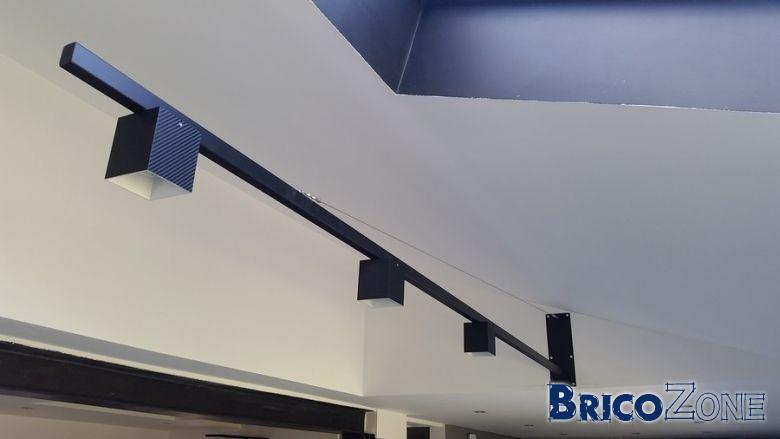 escalier flottant acier et plancher dalles de verre page 5. Black Bedroom Furniture Sets. Home Design Ideas