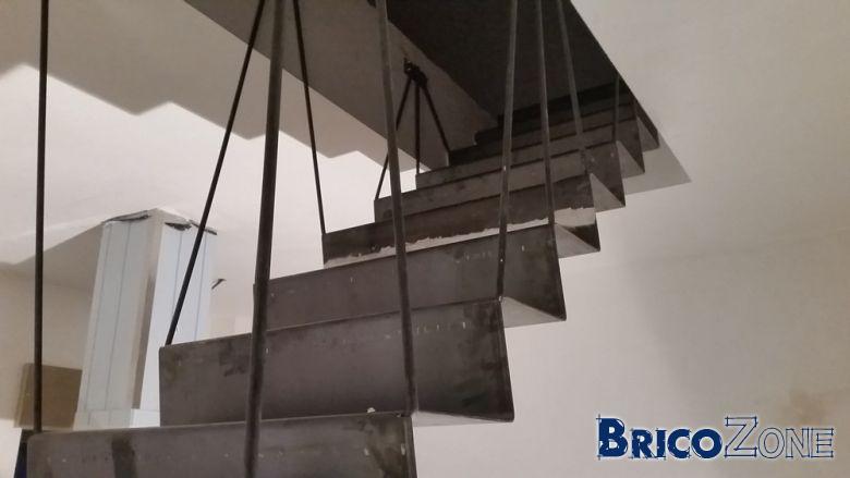 Escalier Acier Brut escalier acier tôle pliée 3mm