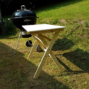 Table pliante pour le barbecue